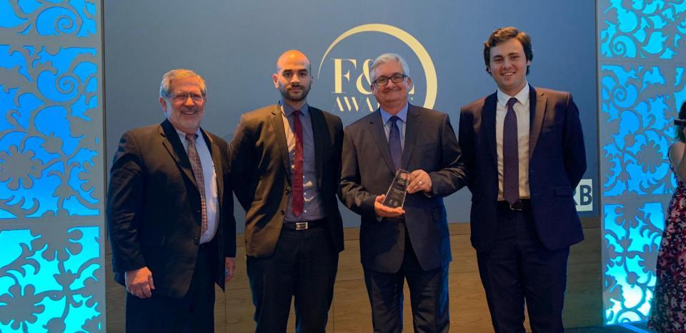 Total Lubrifiants receiving an award for EV fluids range