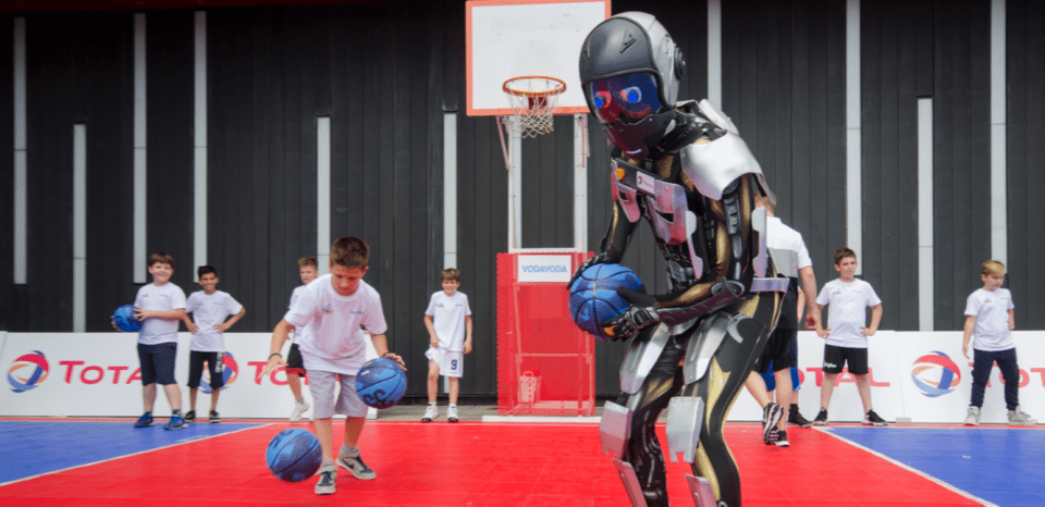 TOTAL ROBOT QUARTZ playing basketball in Serbia with kids