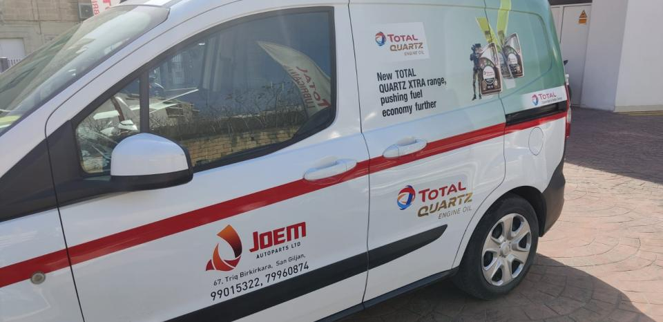 Vehicle branding campaign by Total Hellas